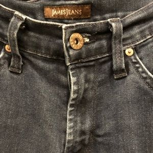 STRAIGHT LEGED JAMES JEANS